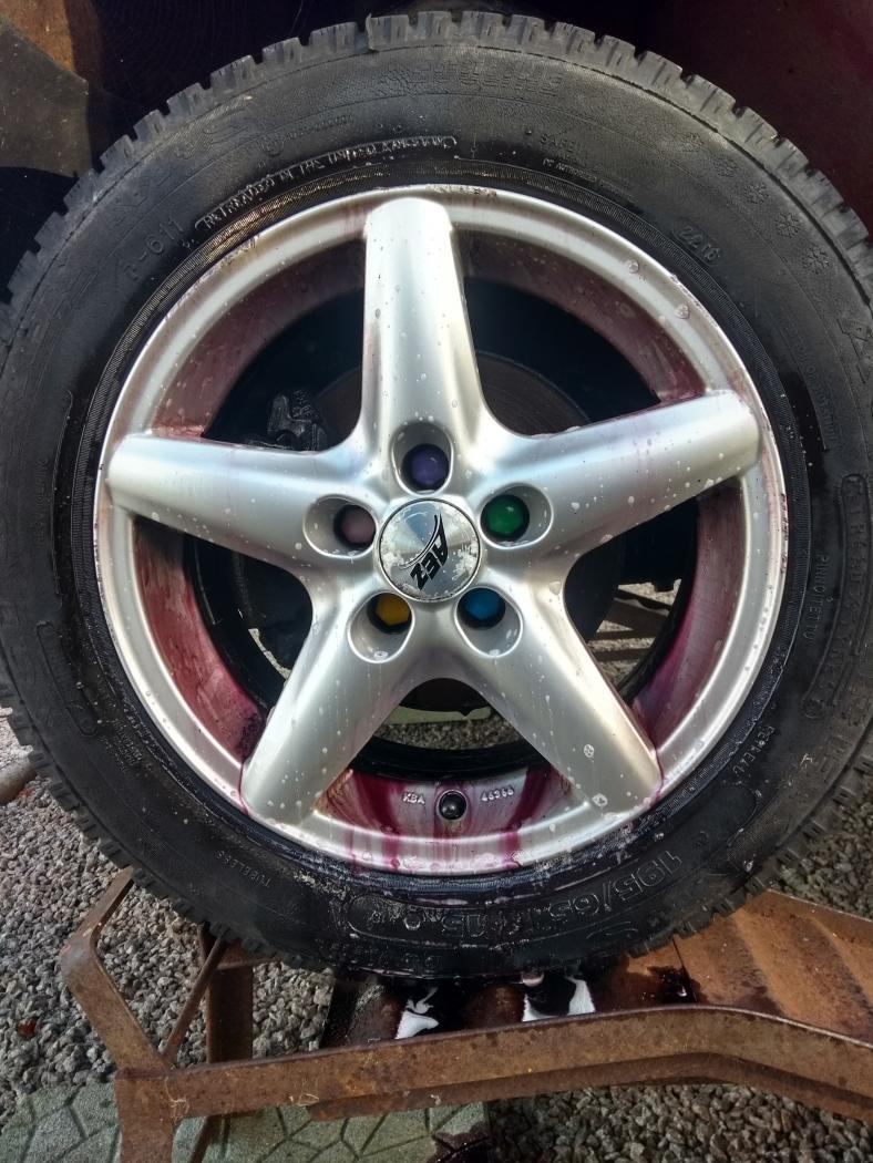 Van6-N-S-wheel-clean.jpeg